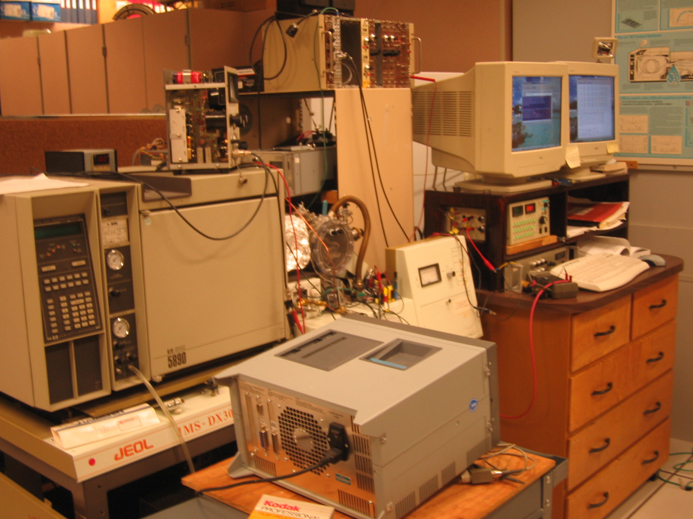 In house-built GC-electron monochromator TOF MS
